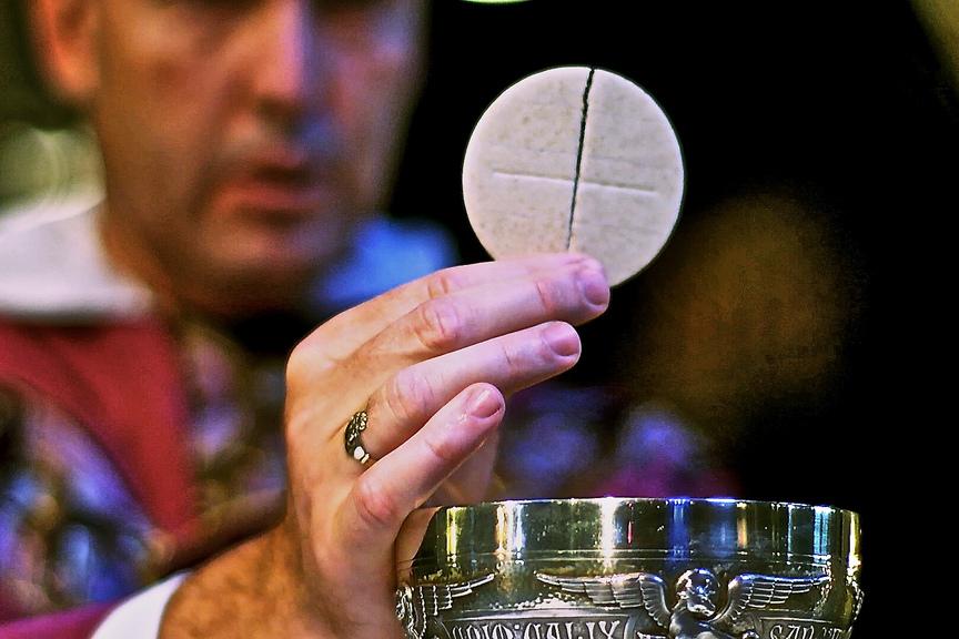 web-eucharist-communion-st-joseph-province-cc